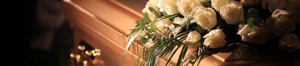 Centro flores ataud